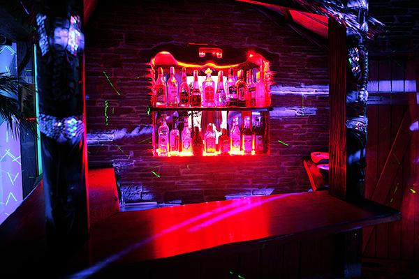 Tiki-Bar